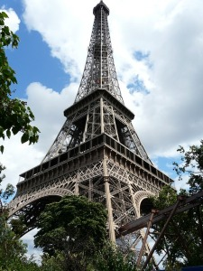 eiffel-tower-417962_640